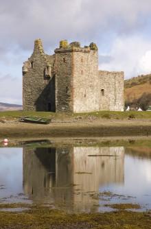 Arran Coastal Way - Lochranza Castle